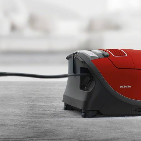 Aspirator Miele VC C3 Electro EcoLine Plus 800W 4.5 litri Mango Red