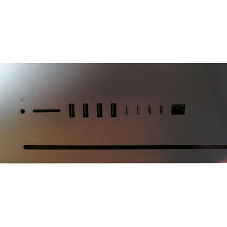 Sistem All in One Apple iMac Pro 27 inch Retina 5K Intel Xeon W 3.2 GHz Octa Core 32GB DDR4 1TB SSD AMD Radeon Pro Vega 56 8GB HBM2 Mac OS High Sierra INT keyboard
