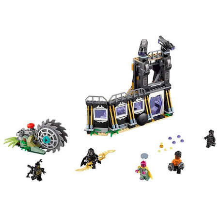 Set de constructie LEGO Marvel Super Heroes Atacul cu Lame al lui Corvus Glaive