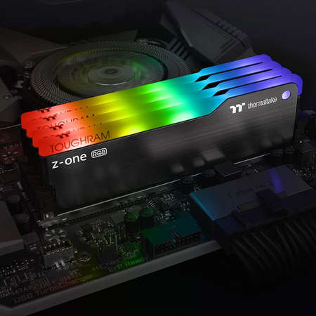 Memorie Thermaltake ToughRAM Z-ONE RGB 16GB (2 x 8GB) DDR4 3200MHz CL16 Dual Channel Kit